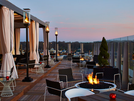 ROOFTOP DINING AT VASO