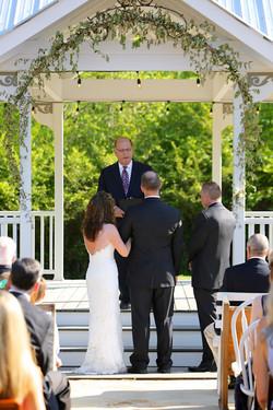 Summer gazebo wedding
