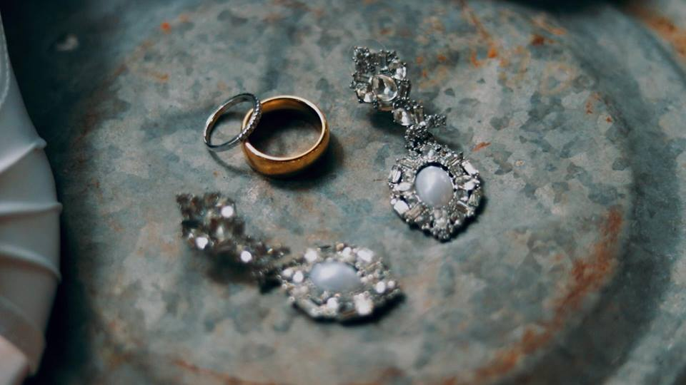 Jewelry on tin