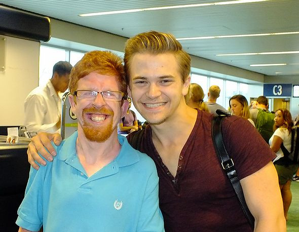 Image of Ben Monkaba posing with Hunter Hayes.