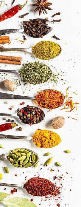 nutrition-epices-piments-cannelle-safran