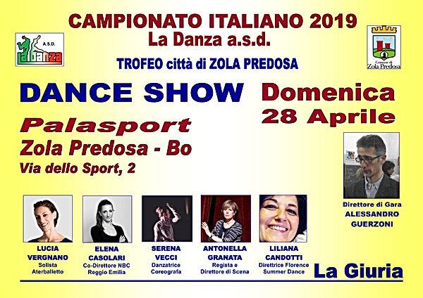 LOCANDINA DANCE SHOW.jpg