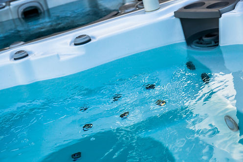 How-To-Keep-Your-Hot-Tubs-Water-Clean.jp