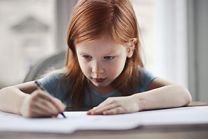 girl-writing-on-paper-1843358.jpg