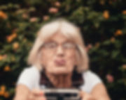 woman-taking-selfie-2050979.jpg