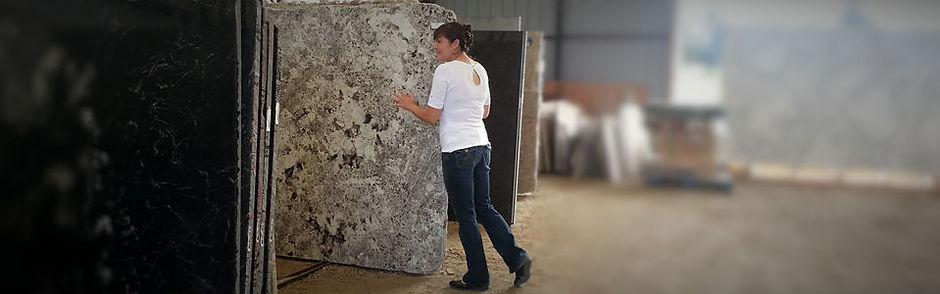 selecting granite slabs.jpg