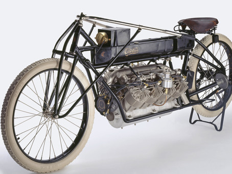 The fastest man on earth - Glenn Curtiss hits 136mph in 1907