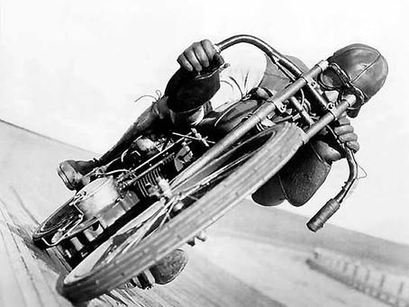 When Harley built sports bikes