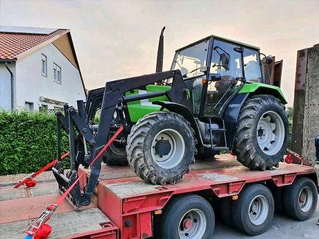 Landmaschinentransporte Transport Traktor Trecker S&W Internationale Spedition