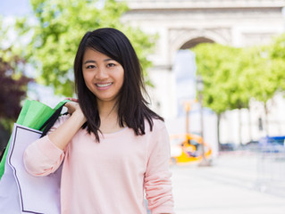 By 2019 Chinese tourists will spend a record of €250 billion on overseas shopping.