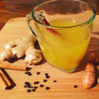 Powerful 7-Ingredient Detox Tea