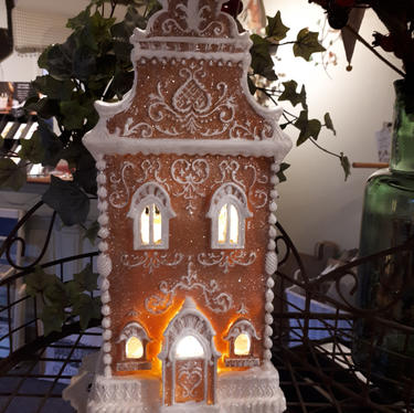 Gingerbread House lit
