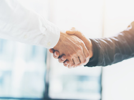 How to Identify a True Financial Professional vs. a Salesman