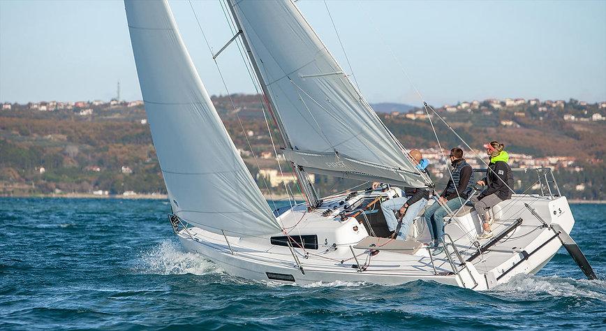 first27-sailing-exp1.jpg