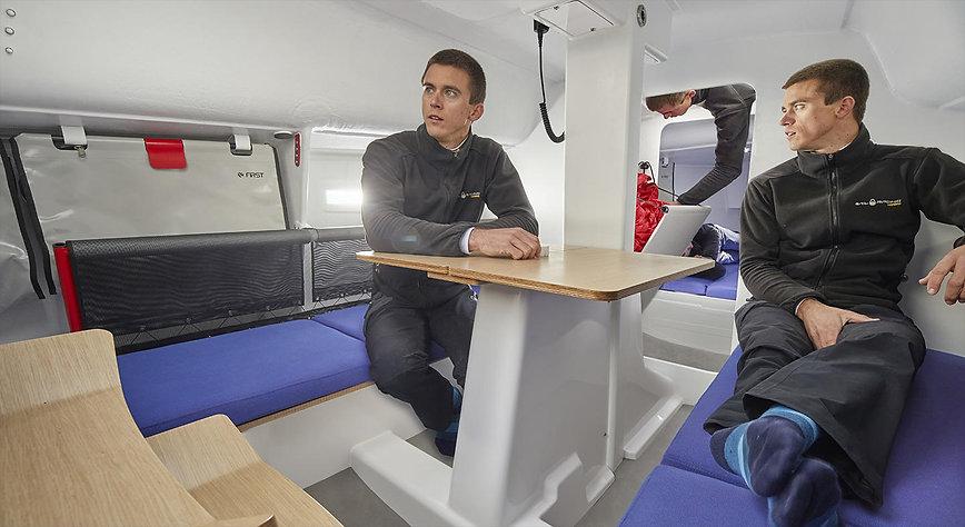 first27-se-onboard2.jpg
