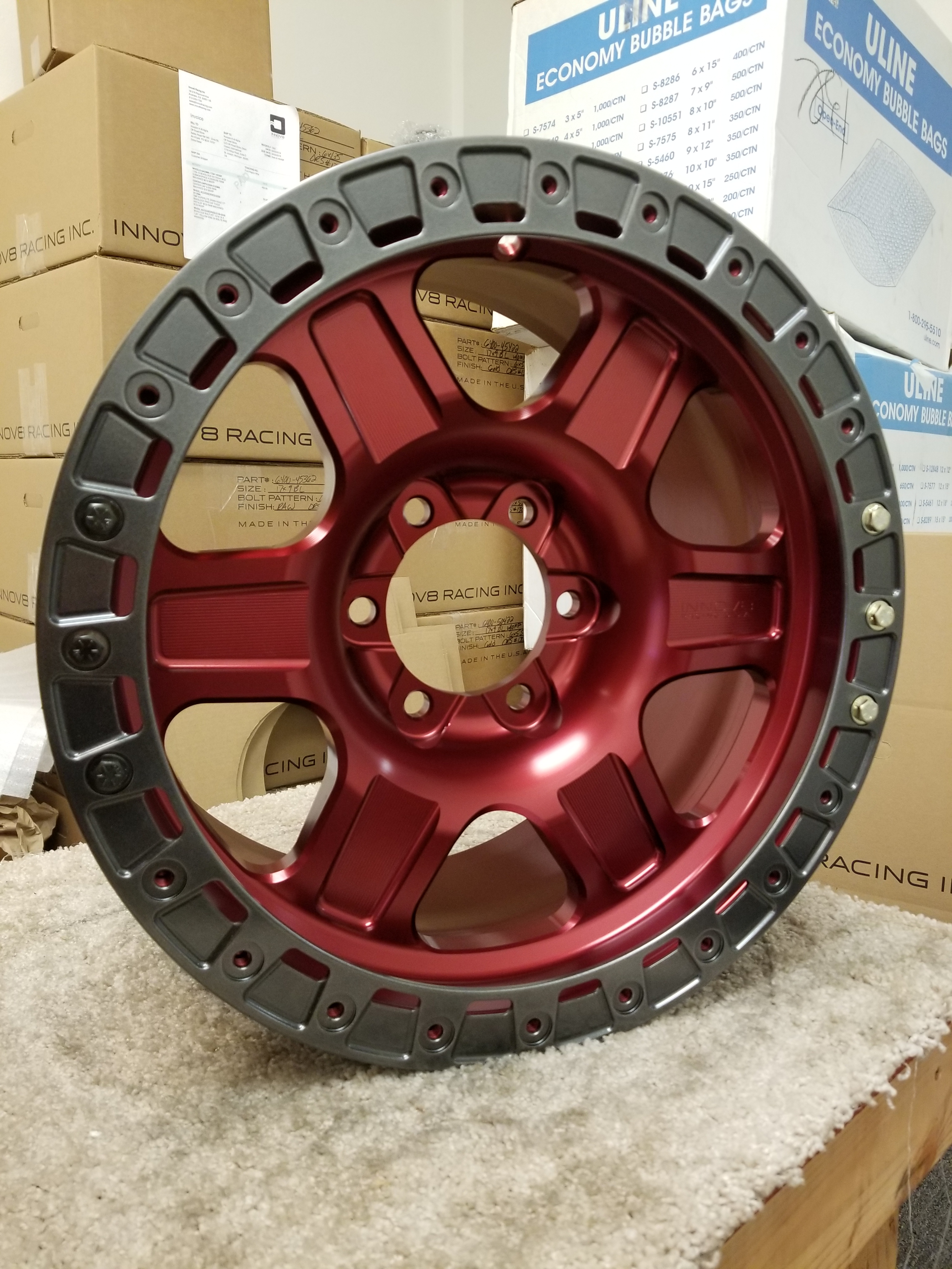 G400 Red 17in Sim 6lug SLD