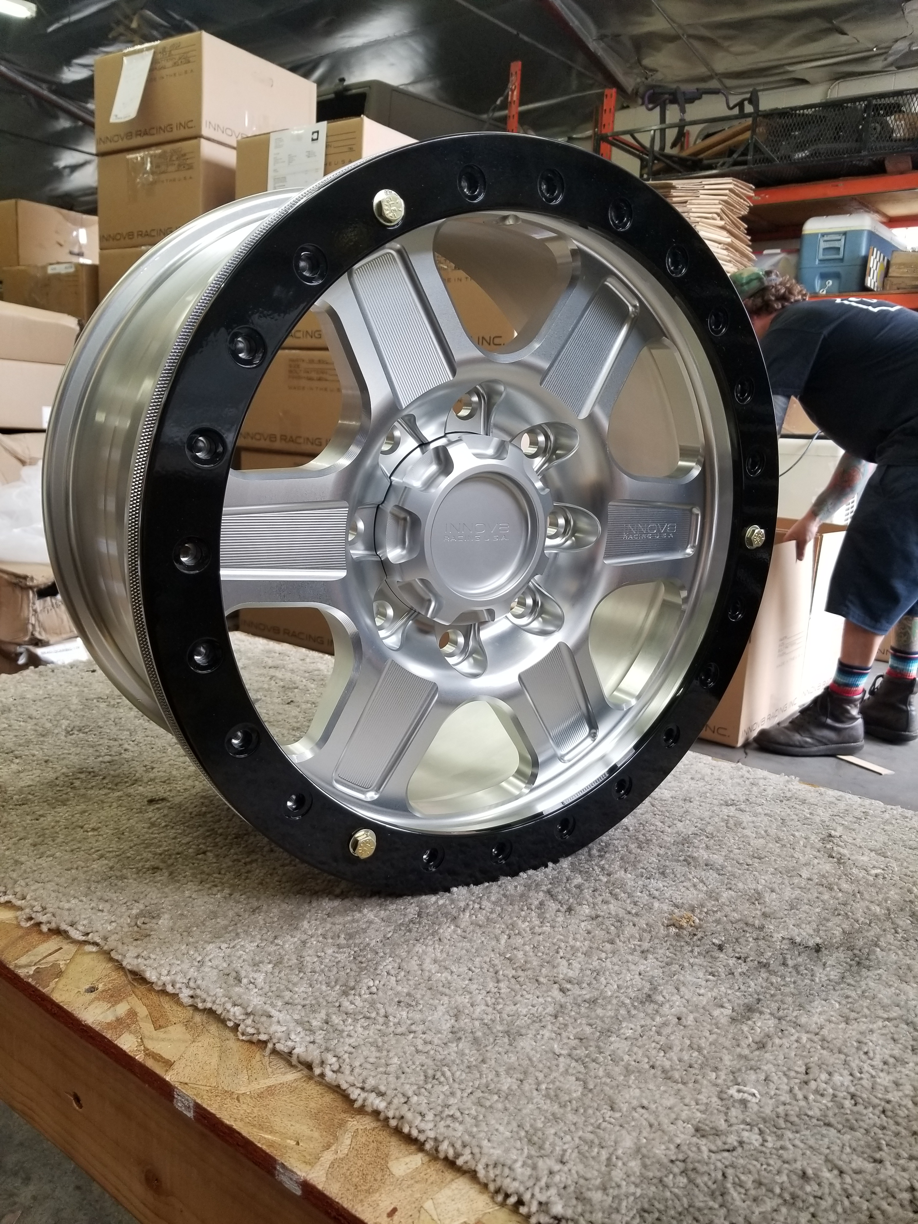 G400 Clear 17in 8lug Beadlock STD