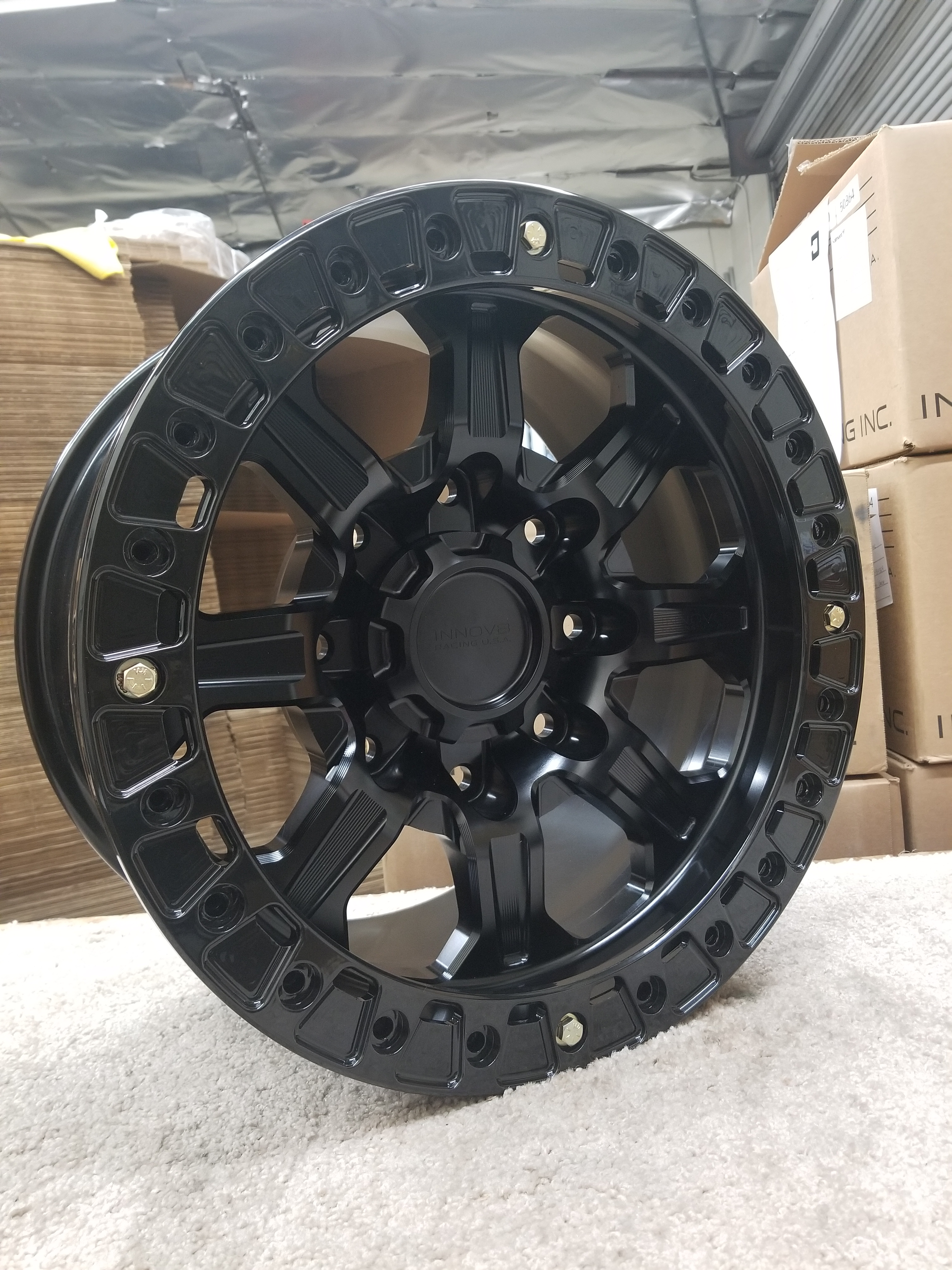 G500 Black 17in BL 8lug SLD