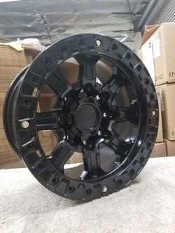 G500 Black 17in BL 8lug SLD