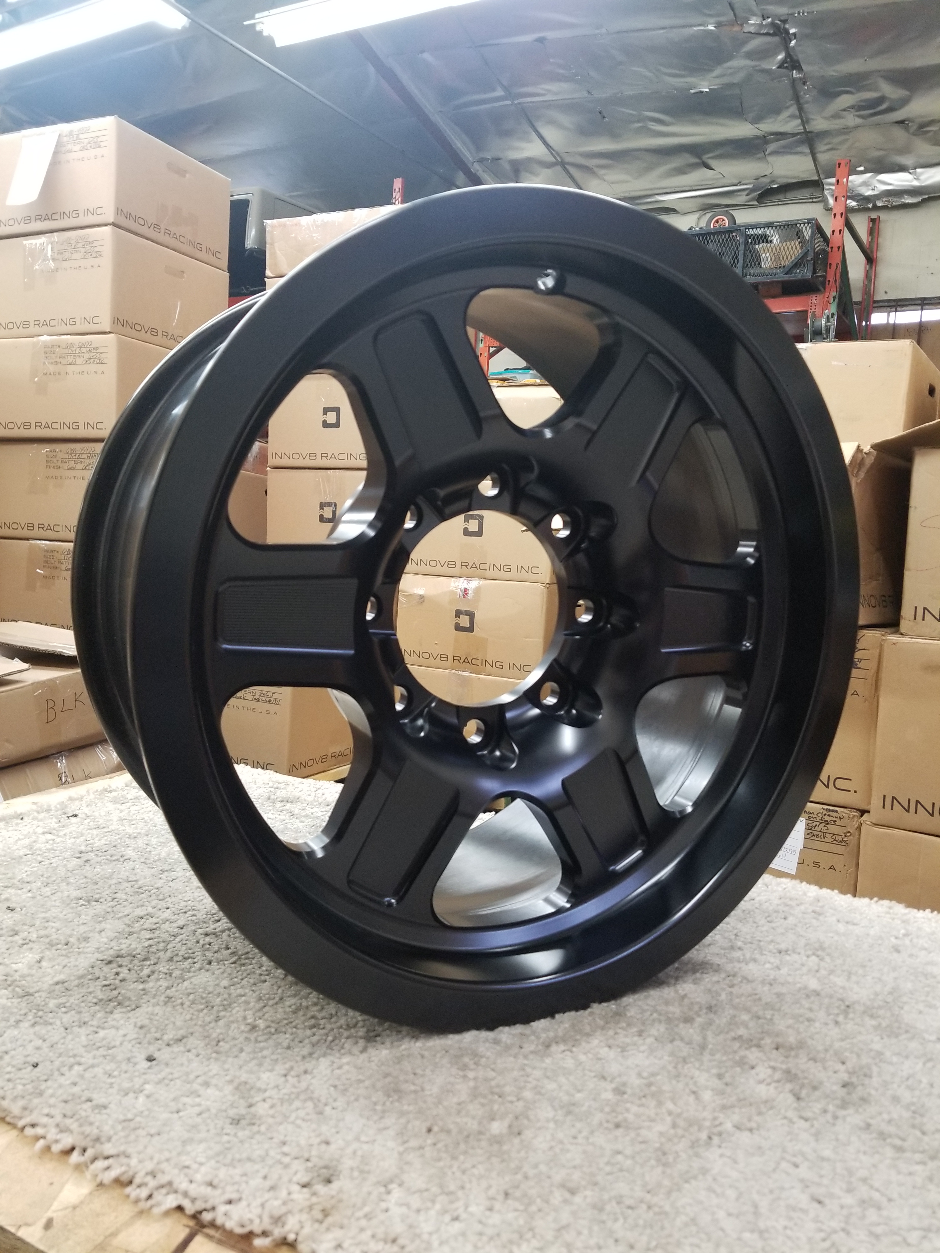 G400 Black 17in NonBL 8lug