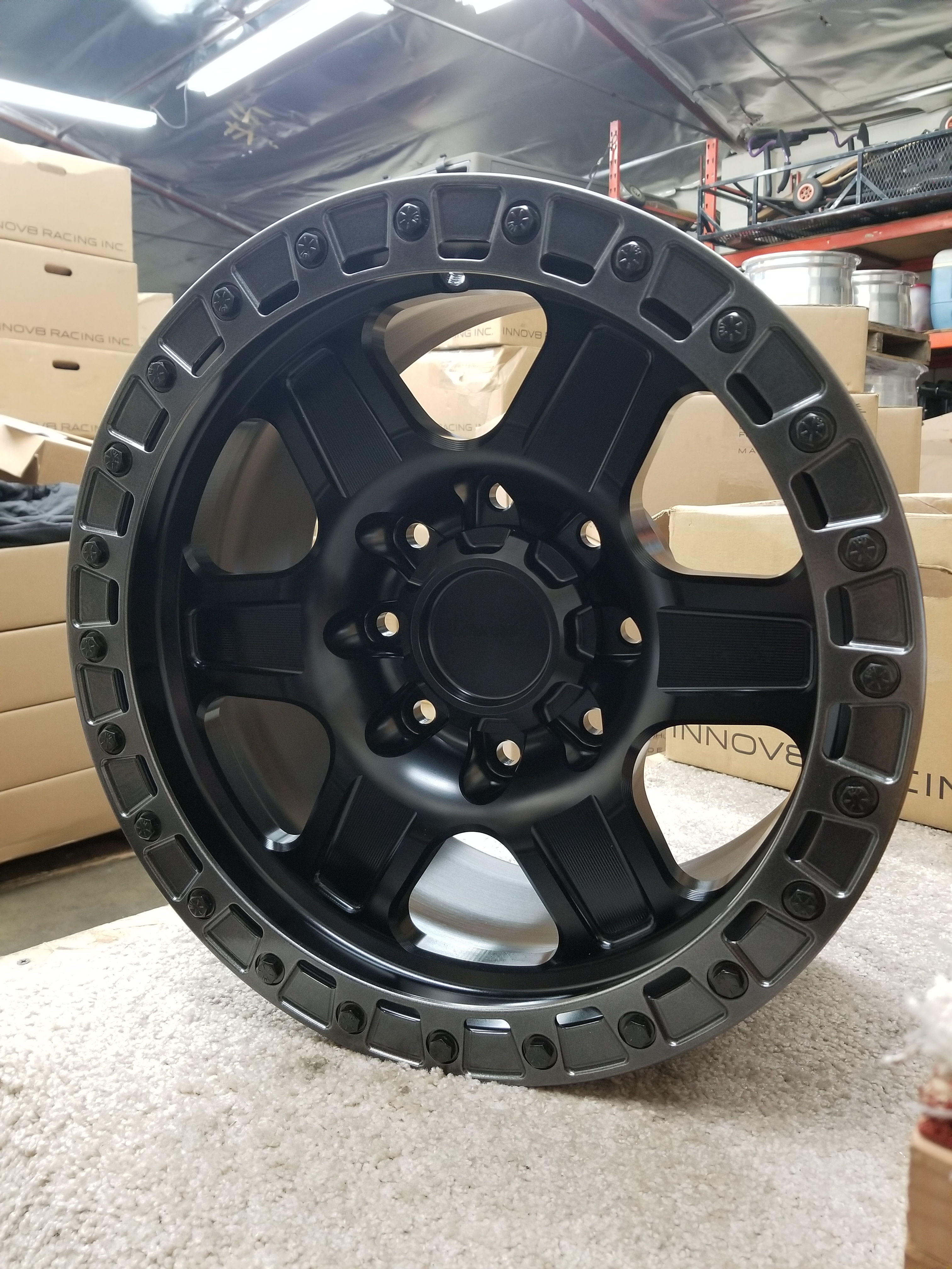 G400 Black 17in Sim 8lug SLD