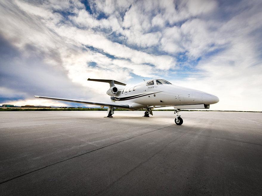 Solairus-Aviation-private-plane-cr-court