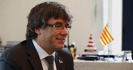 1 Carles Puigdemont.png