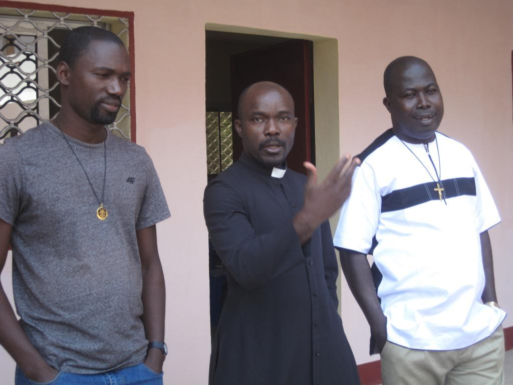 Pères Etienne, Thomas et Édouard