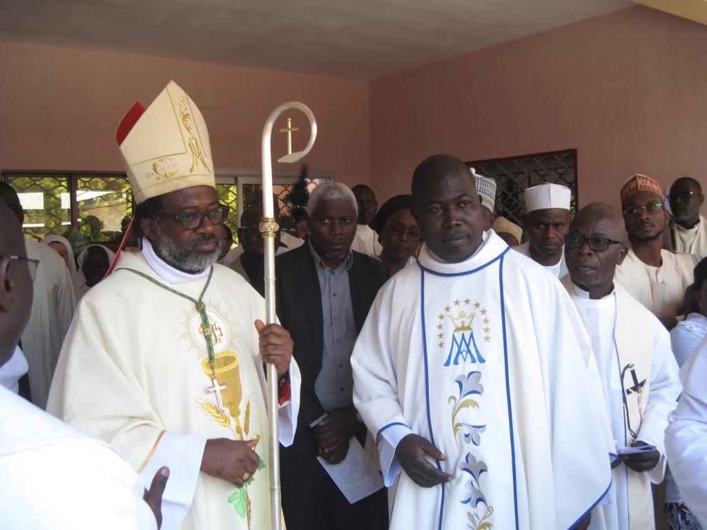 Mgr Faustin et Le Provincial
