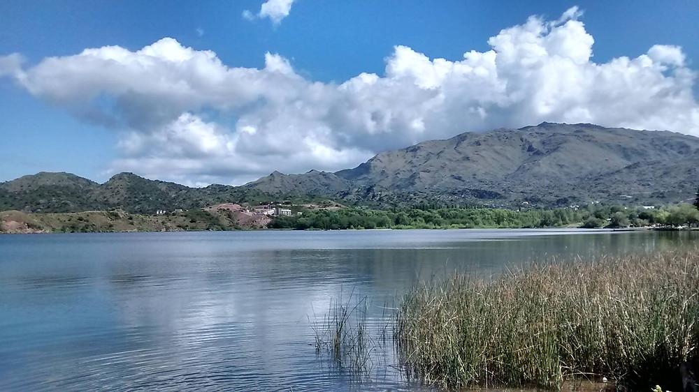 lago potrero.jpg