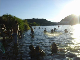 Sectores habilitados para bañarse en el lago Potrero