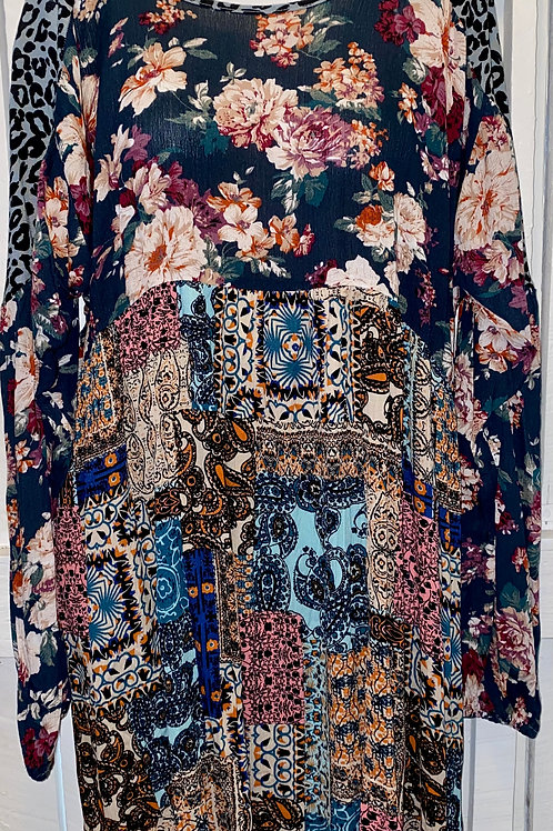 Floral Mix Patterns in Navy