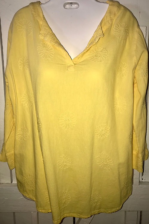 Daisy Embroidered Blouse In Yellow