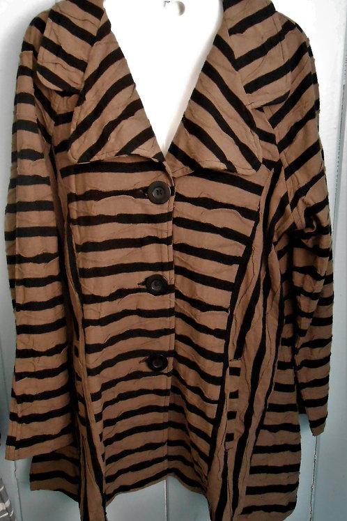 Wavy Button Up Jacket In Brown/Black