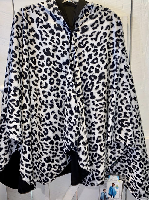Rain Caper Cheetah Print in Black/White