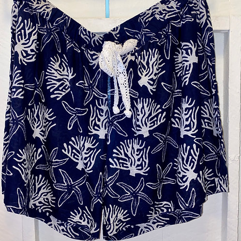 Coral Reef Shorts in Navy