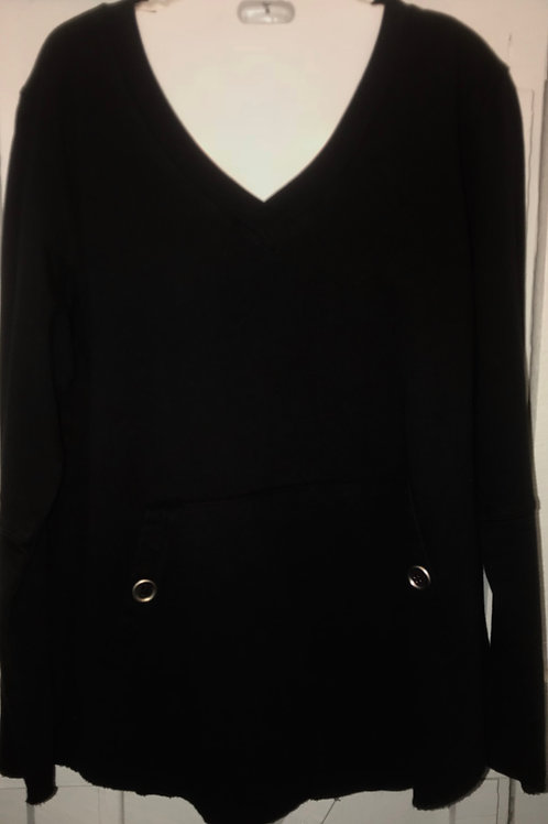 Kangaroo Pocket Pullover In Black