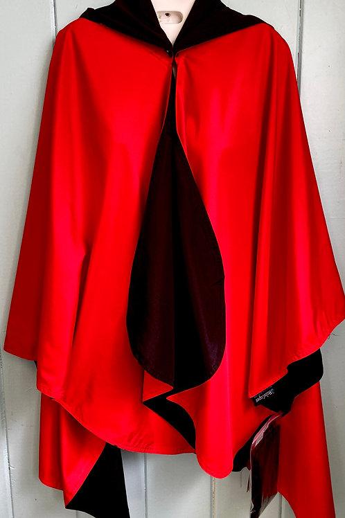 Rain Coat in Garnet & Black