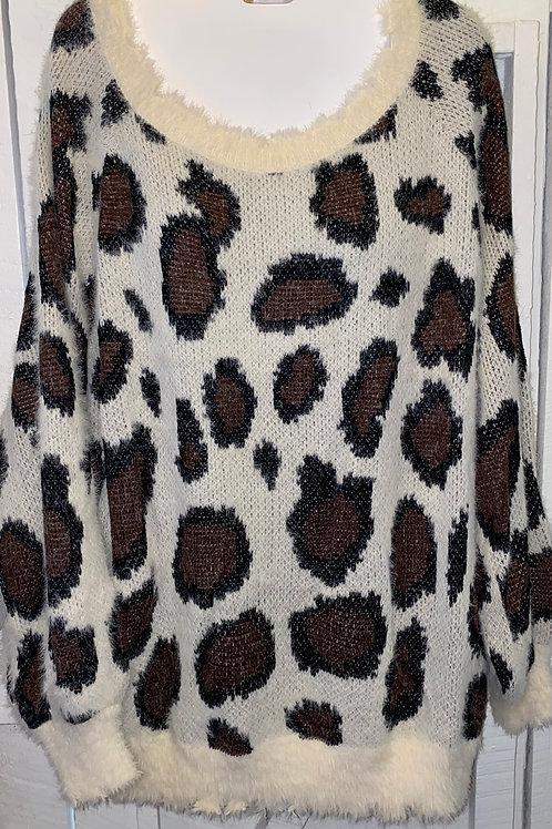 Cheetah Sweater in Cream