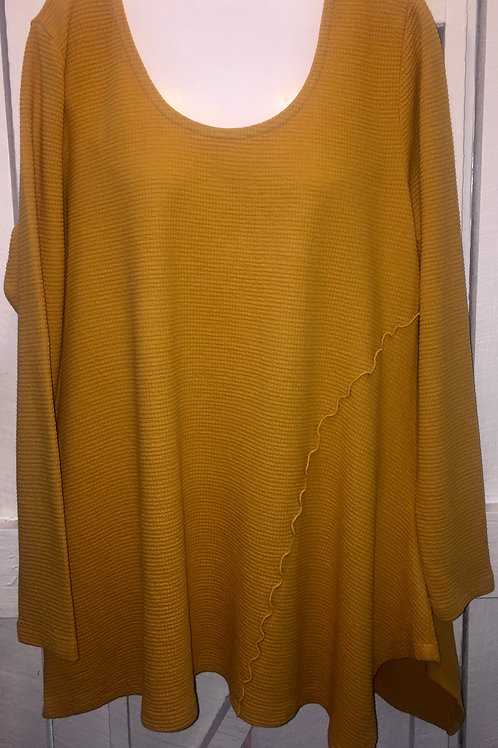Cerena Thermal Tunic in Gold