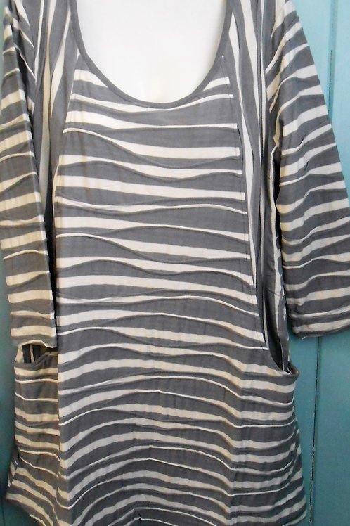 Wavy Stripe Tunic In Cream/Navy