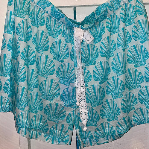 Sea Shell Shorts in Aqua
