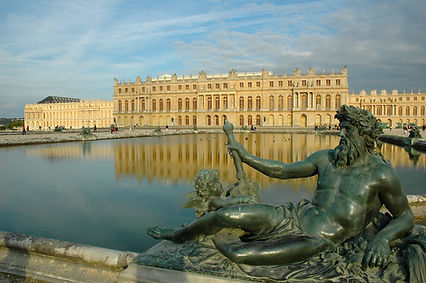 Versailles_chateau.jpg