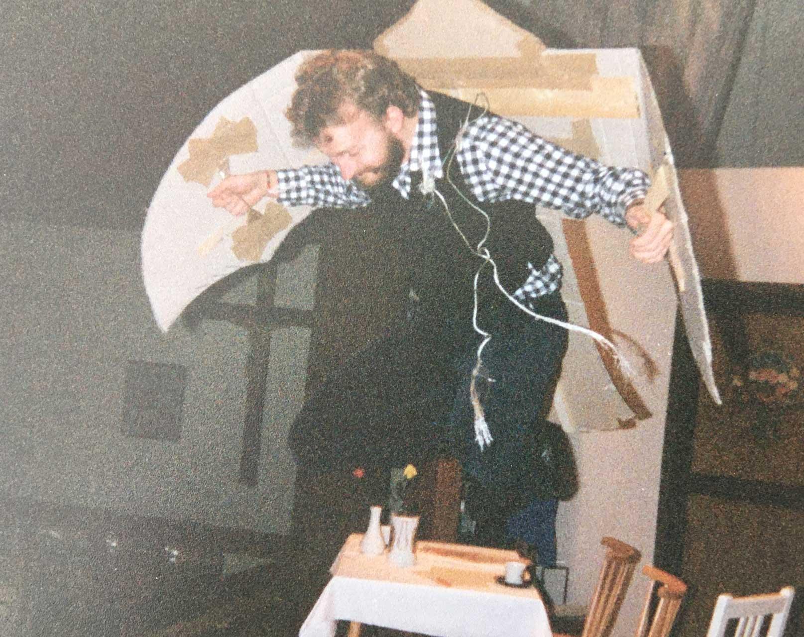 1989-008