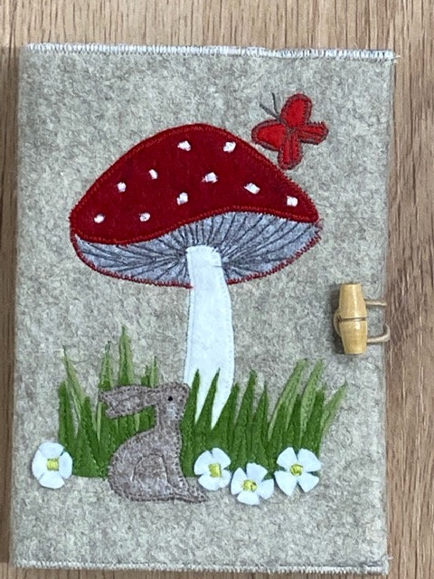 Toadstool notebook kit