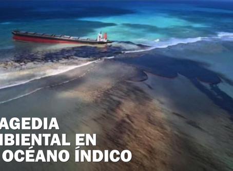 Mauricio se apresura a contener el derrame de petróleo de un barco en tierra y proteger la costa