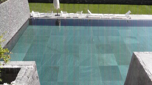 Rivestimento piscine Como