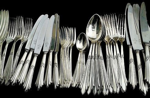 cutlery-377700_1920.jpg