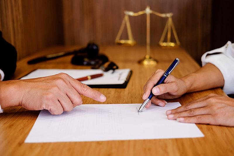 Avvocati-studi-STUDIO-LEGALE-AVV.-PETER-