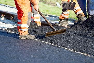 Lavori di asfaltatura stradale Milano